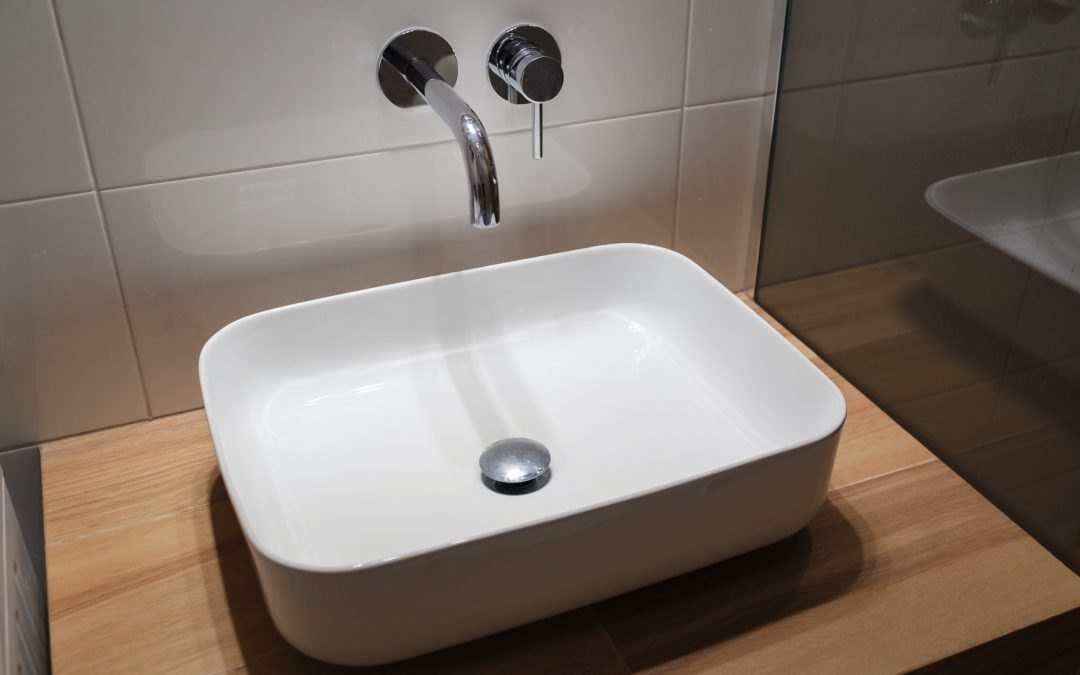 Touchless Plumbing Fixtures are a Growing Trend